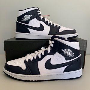 Air Jordan 1 Mid 554724174